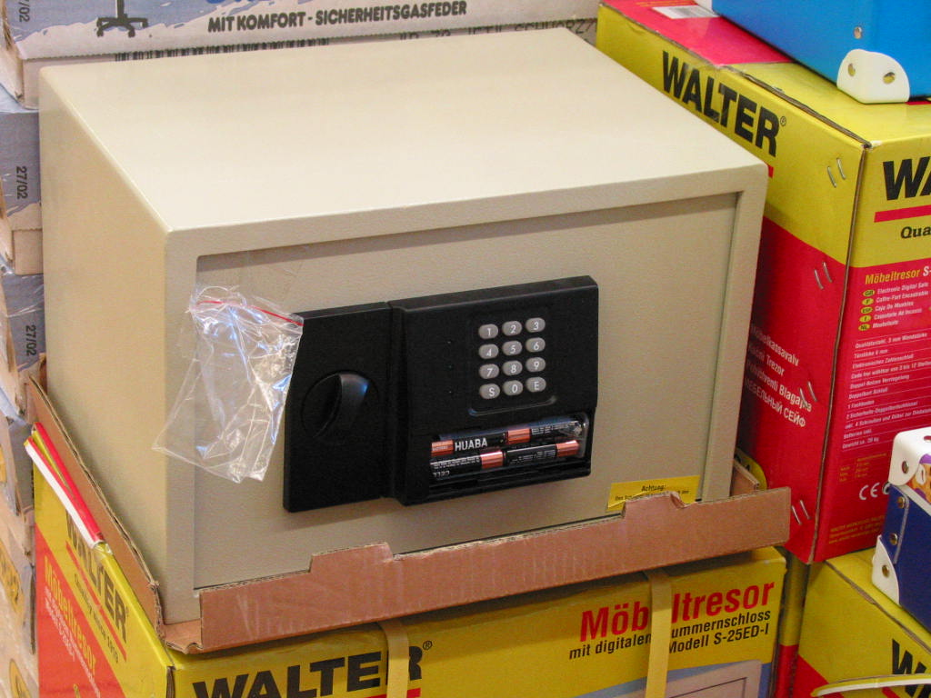 Auto Kühlschrank Hofer : Tresor für das auto